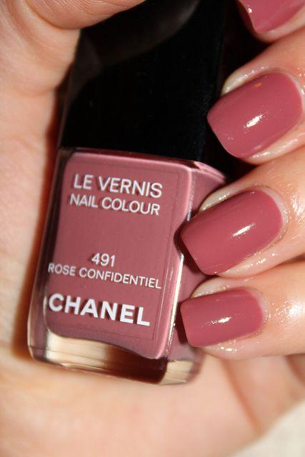 Rose Confidentiel #491, Chanel - nude rosy brown creme nail polish/lacquer