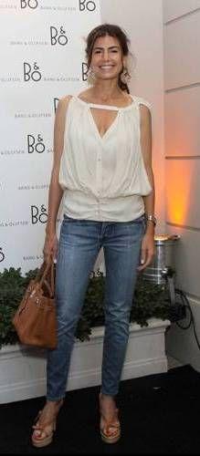 Juliana Awada http://www.blocdemoda.com/2015/11/juliana-awada-es-la-nueva-primera-dama-moda-mujer-macri.html
