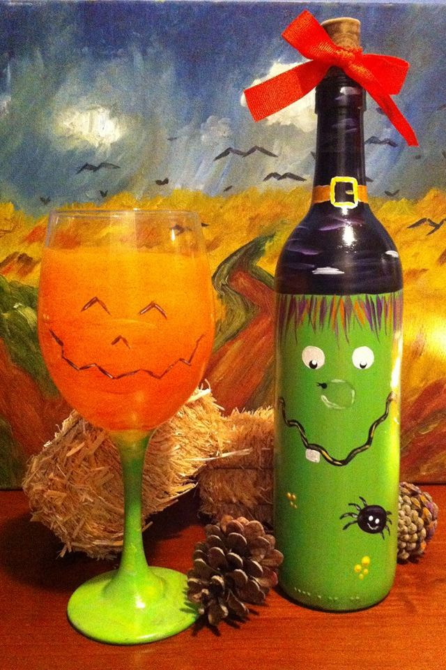 Halloween painted wine bottle macgrillhalfpricedwine for Wine bottle crafts for sale