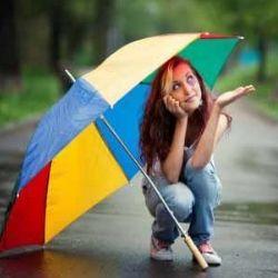 TRENDY RAIN UMBRELLAS FOR MONSOON FASHION