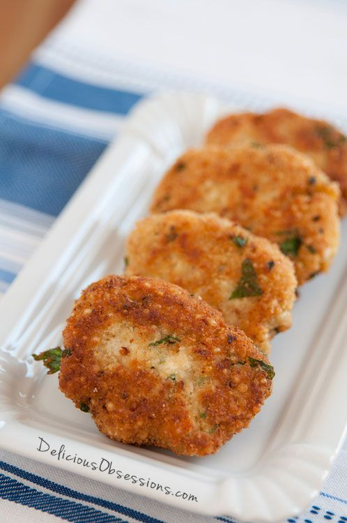 Squash Patties: A Simple, Crispy Recipe // deliciousobsessions.com