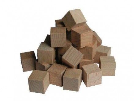 Naturbelassene Holzwürfel Unsere Holzwürfel aus massivem Buchenholz dienen vielfältigen Verwendungszwecken. Vor allem im Mathematikunterricht der Grundschule werden sie zur Förderung des räumliches Vorstellungsvermögens eingesetzt und sind optimal für die schülerorientierte Erstellung eines Somawürfels geeignet.