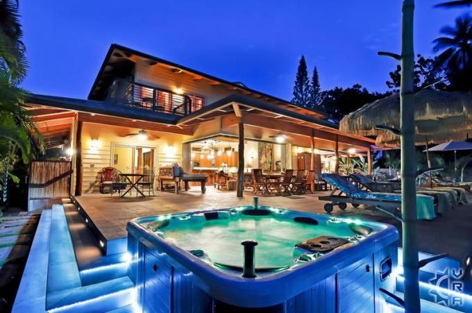 40 best vacation homes for large groups and families for Hawaii package homes