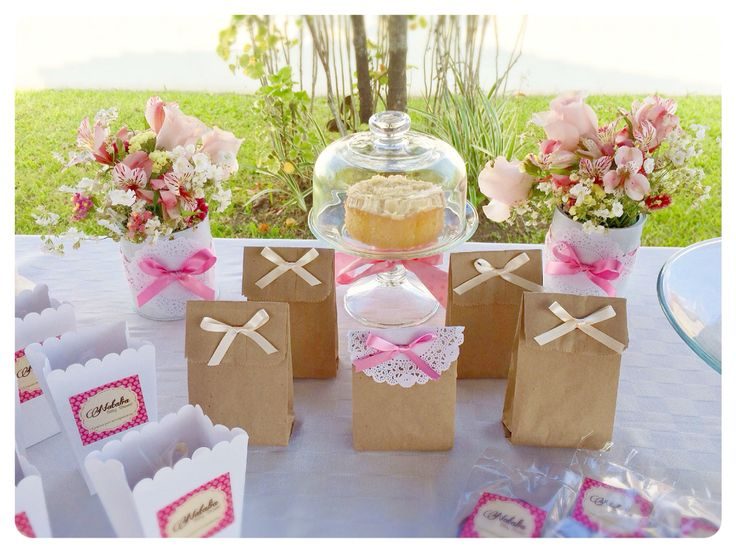 Detalle mesa de dulces estilo shabby chic baby shower - Mesa shabby chic ...