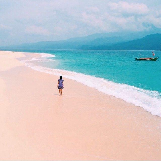 Pulau Pisang, Lampung, Indonesia.