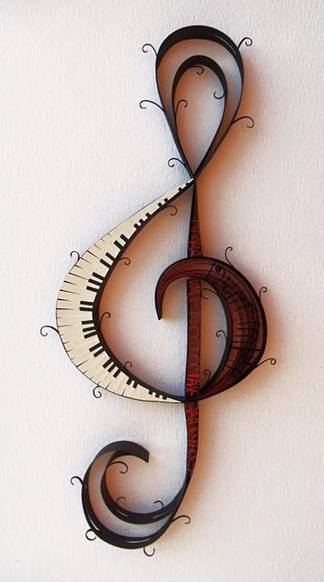 Piano/Treble Clef wall decoration
