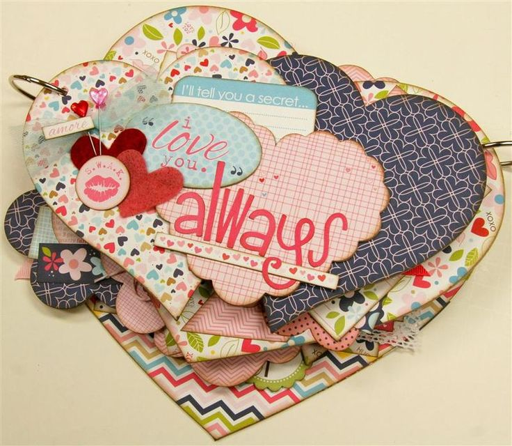 Heart Mini Scrapbook Album - by Paisley and Polka Dots, I think it uses AccuCut H1210, H1215, and A1047 dies
