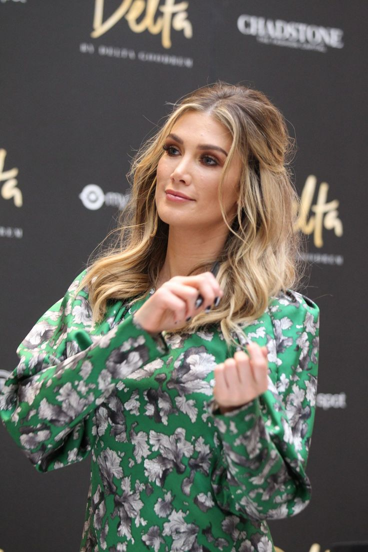 delta-goodrem-launch-for-her-new-perfume-delta-in-melbourne-4-11-2017-19.jpg 1,280×1,920 pixels
