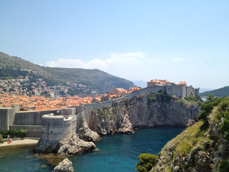Best European treks for groups! #grouptravel #travel #adventure #SierraNevada #Croatia #Italy #Amalfi