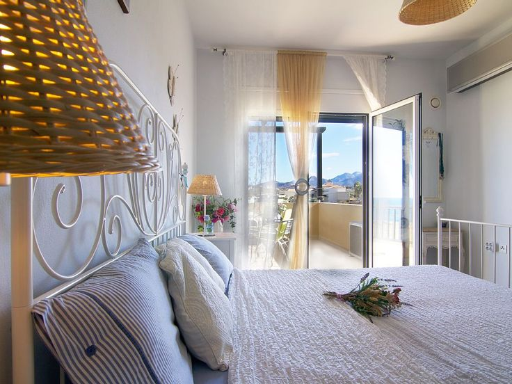 Panormos apartment rental - another aspect of the bedroom!
