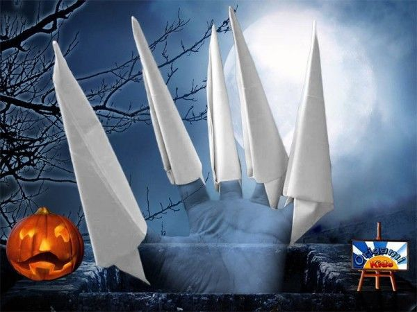 How to Make Paper Claws  Origami Finger Claws  How to Make Paper Claws  Origami Finger Claws Designer: Unknow Folder and Photo: @Origami_Kids Halloween is Coming! Another Origami idea for Halloween you must to fold these claws to decorate your costume scare your friends or simply scratch your  Continue reading   The post How to Make Paper Claws  Origami Finger Claws appeared first on Origami Blog.