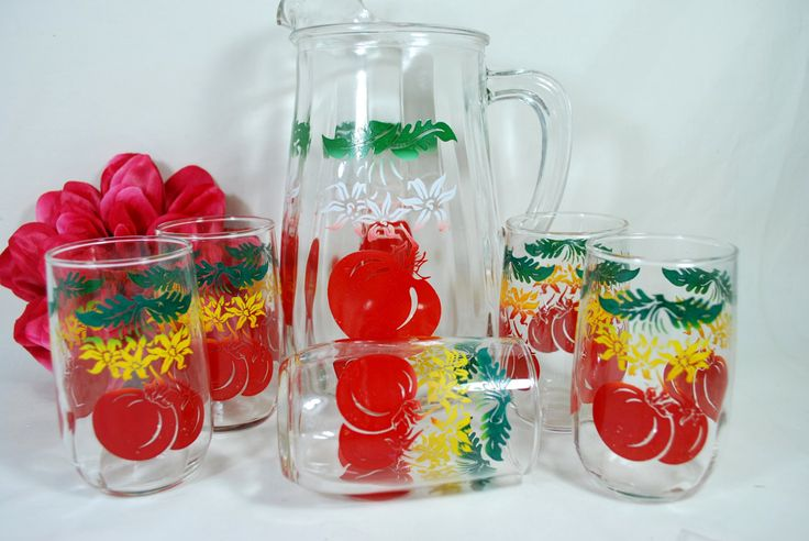 Vtg Glass Pitcher and Glasses Libbey Set Red Tomato White Green and Yellow  - pinned by pin4etsy.com