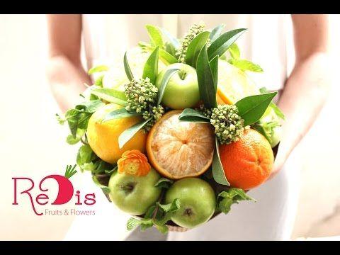 """Фруктовые букеты Одесса.  Овощные букеты Одесса.  0679304943  Съедобный букет """"Свежесть"""" - YouTube"""