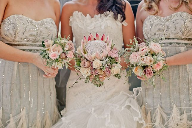 {Wedding Trends} : Rustic Vintage Wedding Bouquets - Belle the Magazine . The Wedding Blog For The Sophisticated Bride