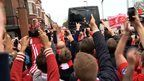 BBC Sport - Liverpool v Man City: Huge welcome for Liverpool team bus