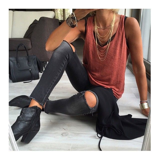 Via @clasique_lifestyle | Casual look Pic:©banso73