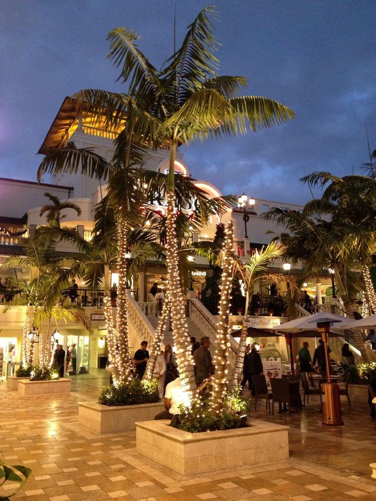 Coco Walk - coconut grove