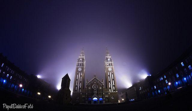 Dóm Square, Szeged - The Votive Church