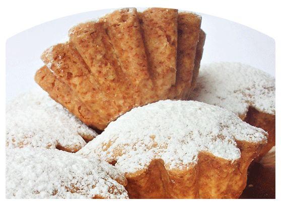 I gobeletti o cobeletti, dolcetti di frolla ripieni di marmellata tipici genovesi