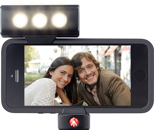 Light Up Your Shot with your #Iphone5! The new continuous LED light designed by Manfrotto is ideal for shooting clear photographs and making videos in backlight and low light conditions. Get great portraits in any situation!
