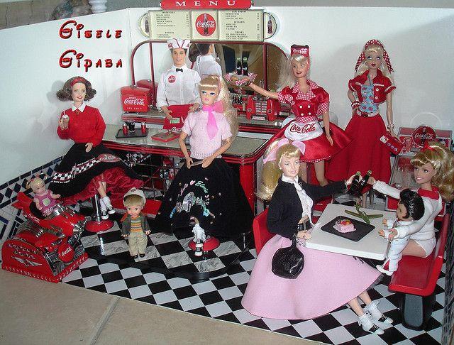 Barbie Diorama - 50's diner Coca Cola | Flickr - Photo Sharing!