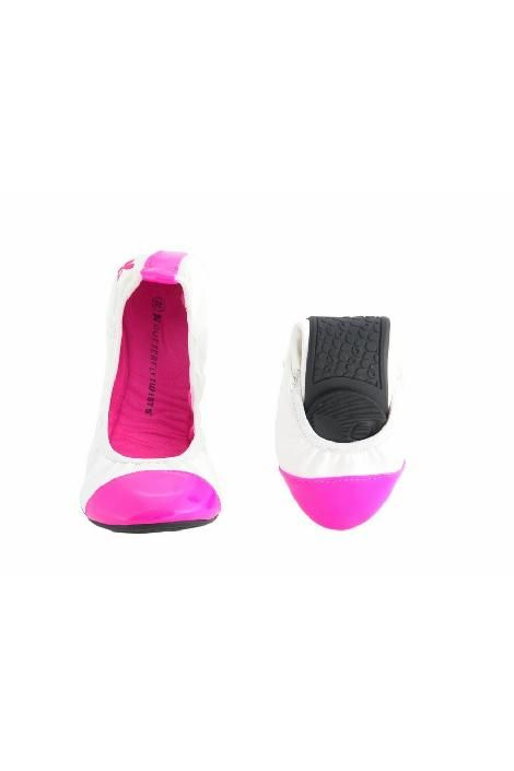 BUTTERFLY TWISTS Woman Ballerina Category: Shoes Collection: Nicola Color(s): white - pink Composition: Others material - Textile - Others material Brand logo, Overstitching Packaging: Case, small pouch