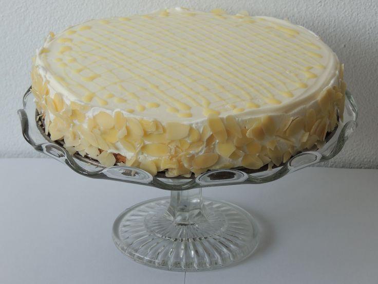 Oriešková torta s vaječným likérom
