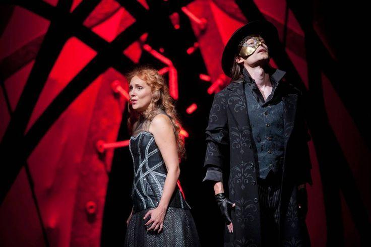 Oopperan kummitus on lähes täydellinen musikaali - ESS.fi