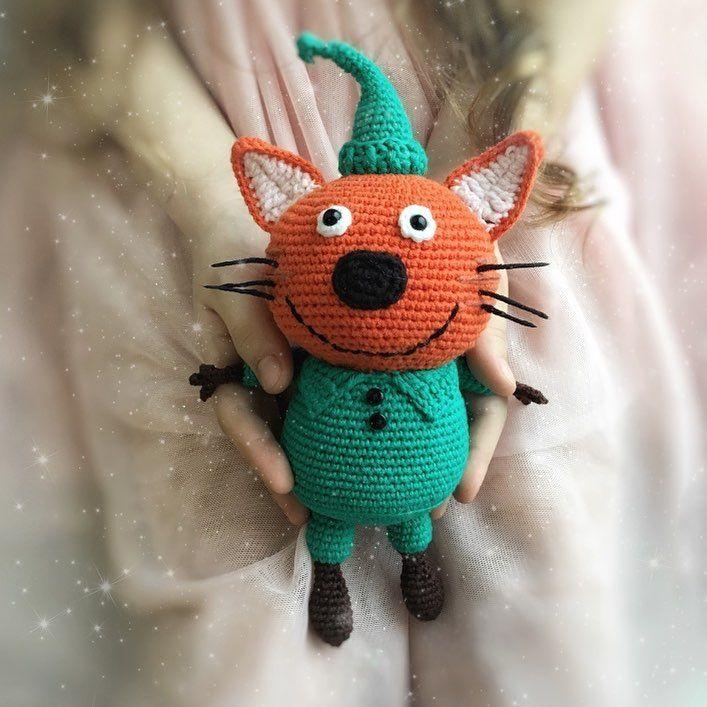 Первое, второе, третье и коооомпот! #3кота #трикота #crochetlove #crochet #croché #amigurumi #amigurumitoy #амигуруми #процесс #кот #котик #котики #двакотаиоднакошечка #компот #коржик #карамелька #коткомпот #амигуруминазаказ