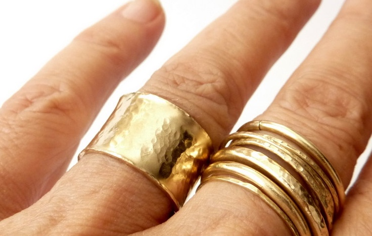 Gold Wide Band Ring Urban. I WANT THIS BIG FAT RING. $59.00, via Etsy.