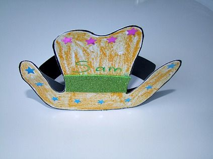 A Cowboy Hat Craft For Kids! This Cowboy Hat craft
