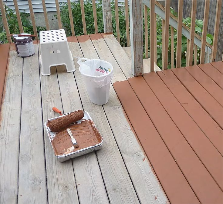 Best Paint For Outdoor Wood Deck Deck Paint Deck Paint Reviews Painted Pool Deck