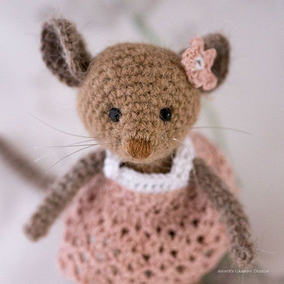 358 best Crocheted mice images on Pinterest | Amigurumi patterns ...