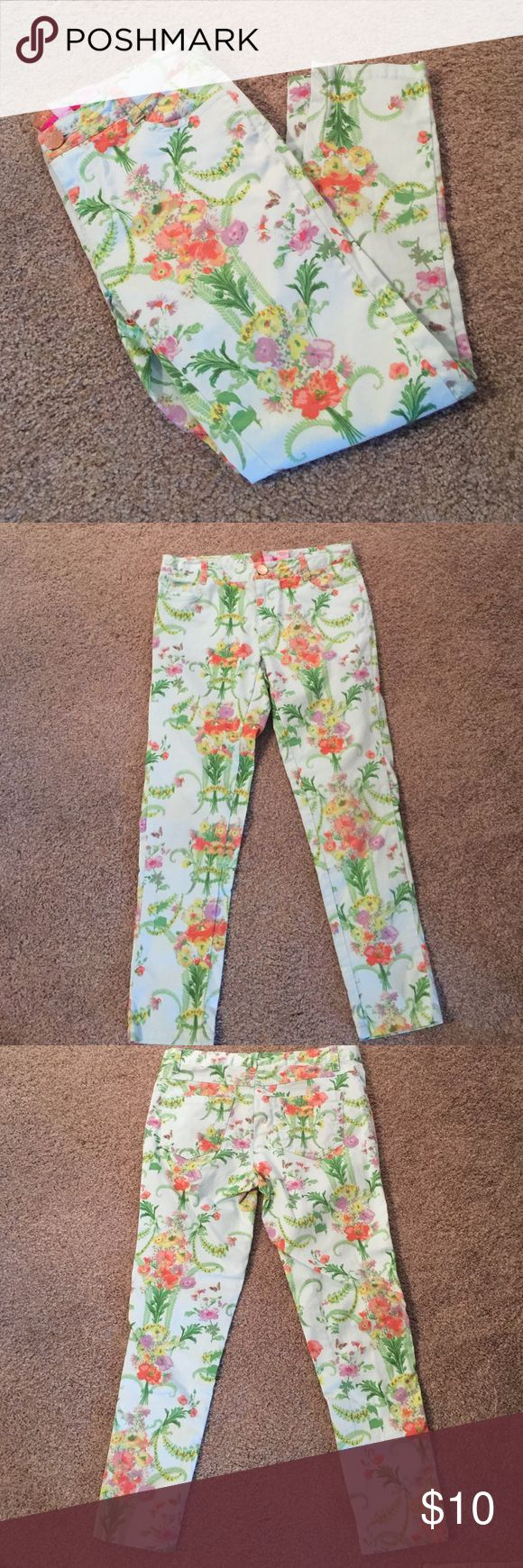 Baker straight leg pants Baker by Ted Baker straight leg floral pants. Size 8 with adjustable waist. Only worn a couple times. Baker by Ted Baker Bottoms Jeans
