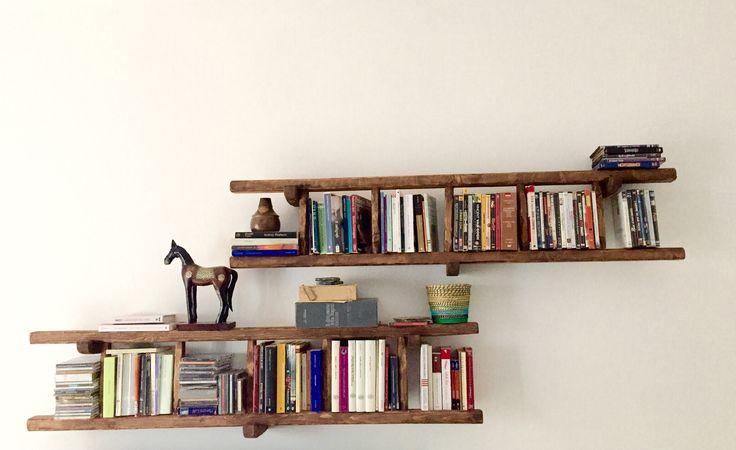 Scale in legno fatte da un artigiano per i miei amati libri