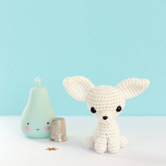 Peluche chihuahua miniature Amigurumi chien au crochet par SoCroch