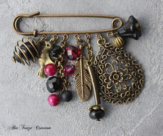 Bijou créateur Mode - Broche Epingle bronze Pendentif goutte filigranée Breloques cage à perle oiseau et plume Tons