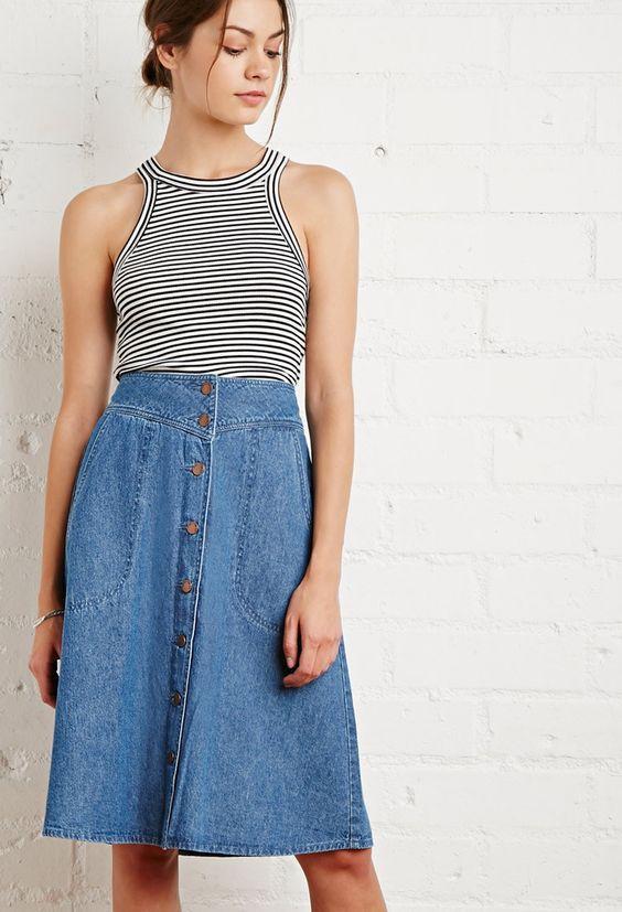 Denim, denim, denim... je kunt er nooit genoeg van hebben toch? Deze spijkerrok is nu in de uitverkoop voor nog maar €9,99! #koopje #mode #dames #rok #spijkerstof #women #fashion #sale #denim #skirt