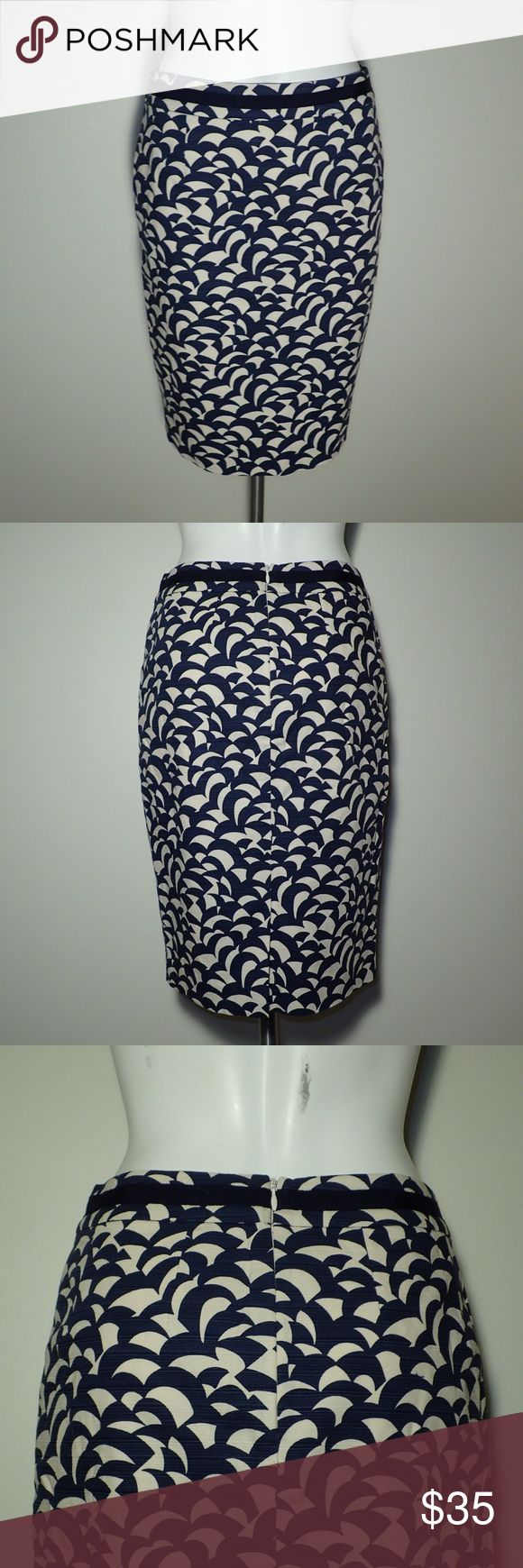 "Boden Pencil Skirt Size US 4P UK 8P Boden woven pencil skirt Size US 4P UK 8P Dark blue / tan geometric print Super nice condition!  1.5"" waistband with ribbon 6"" slit in center back  7"" center back zipper Skirt fabric is 97% cotton and 3% elastane Lining is 96% polyester and 4% elastane Measurements  Waist 28"" Length 22""  Delicate machine wash. Do not tumble dry. Boden Skirts Pencil"