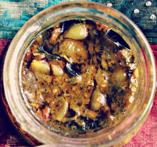 Karuveppillai Poondu Kulambu/Curryleaves Garlic Curry #curry #leaf #garlic #curry #tamil #cooking