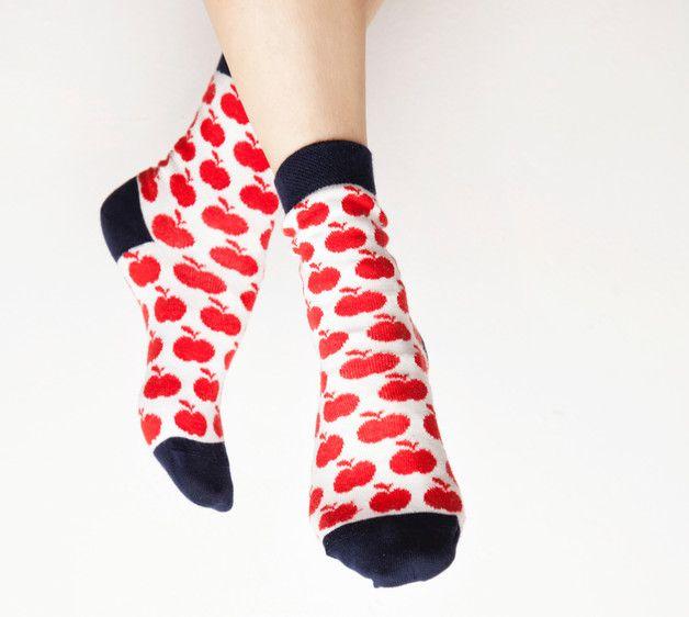 Kuschelsocken - Bio Apfel Socken - ein Designerstück von leonello bei DaWanda