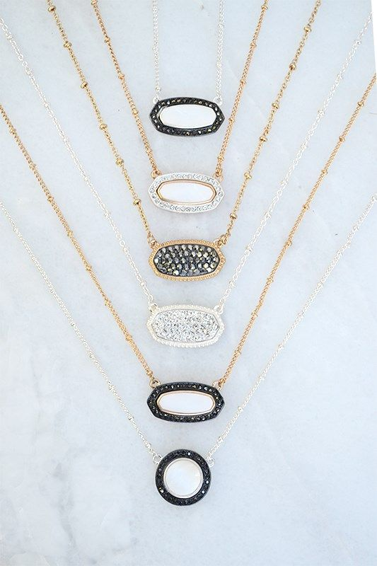 Classic Short Necklace Collection