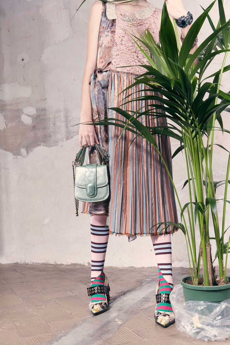 See the complete Antonio Marras Resort 2018 collection.