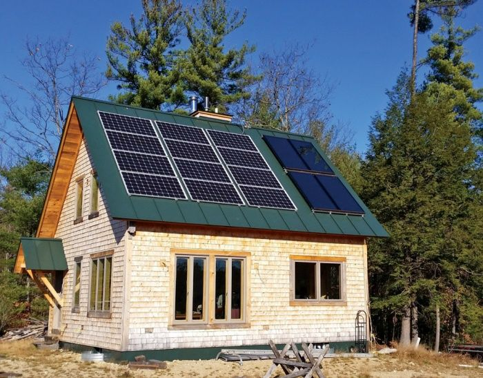 This Off Grid Cabin Has Solar Water Heating Collectors And