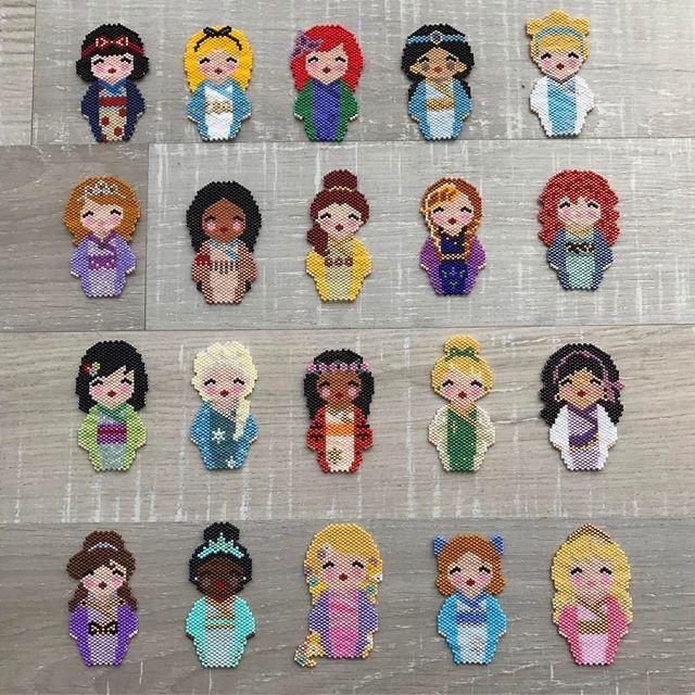 Photo de famille  j'ai adoré les tisser. Merci @coeur__citron pour toutes petites merveilles #handmade #tissageperlesmiyuki #tissageperles #tissage #motifcoeurcitron #perles #perlesandco #perlesmiyuki #perlesaddict #miyuki #miyukibeads #miyukiaddict #brickstitch