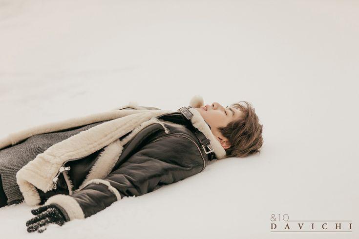 """다비치 (DAVICHI) - [&10] """"너 없는 시간들"""" M/V Making Film with Kang Daniel You can watch videos on V LIVE. You can watch videos on V LIVE. http://www.vlive.tv/video/56430  #KangDaniel"""