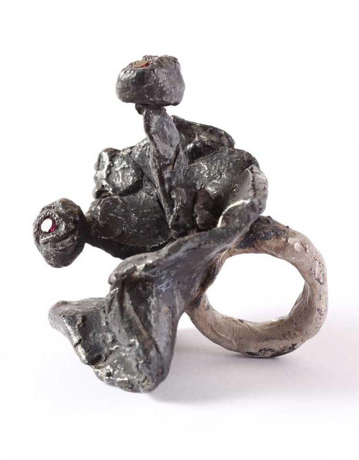 Karl Fritsch. Ring: Untitled, 2015. Silver , niello , amethyst , 2015.