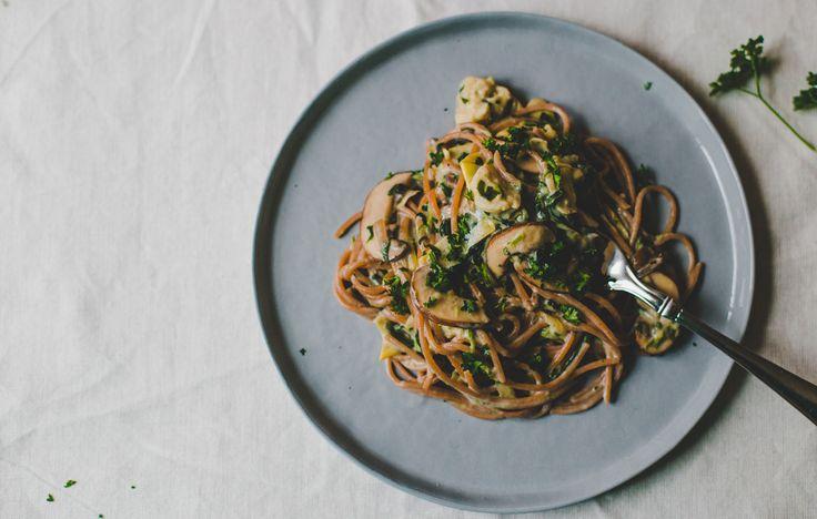Romige pasta met spinazie en artisjok