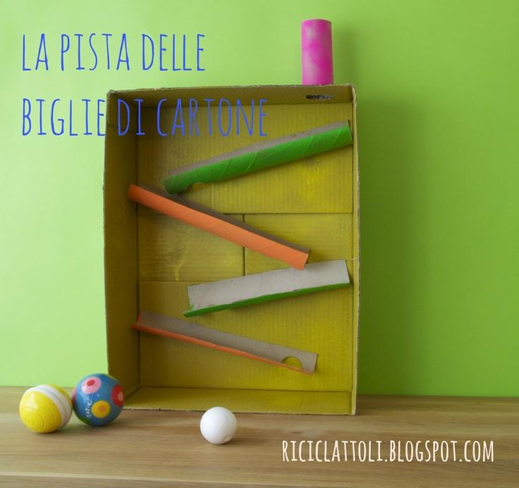 DIY marble track:Riciclattoli (e dintorni...): Pista per biglie di cartone...