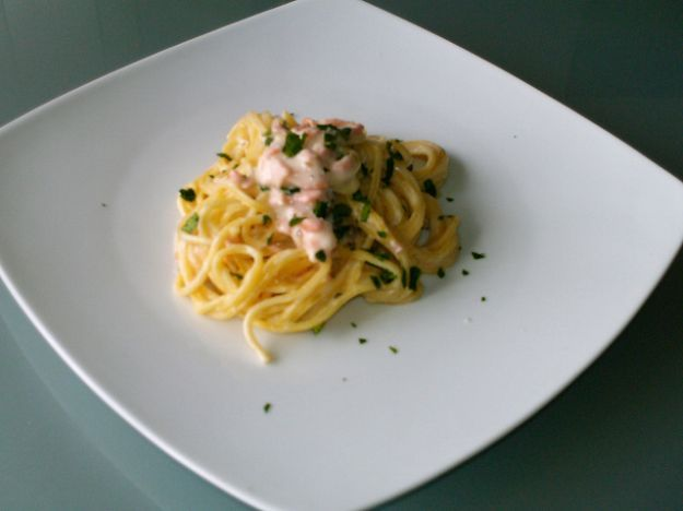 Ricetta Pasta al salmone senza panna | Ricette di ButtaLaPasta